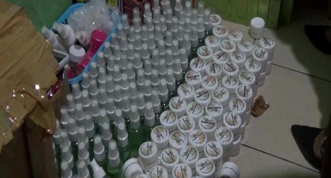 Polisi Grebek Indekos, Ditemukan Ribuan Kosmetik Ilegal Di Makassar
