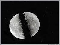 Kisah Mukjizat Nabi Muhammad SAW Membelah Bulan