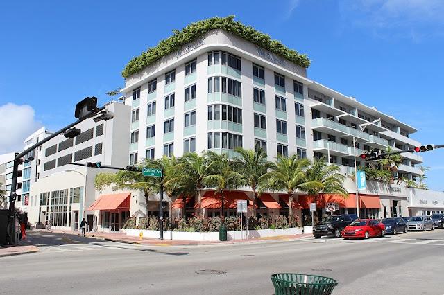 Collins Avenue em Sunny Isles Beach em Miami