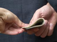 Combattre La Corruption Avec L'Application De La Charia