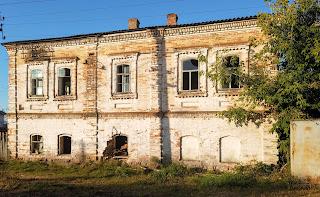 Мирополье. Ул. Сумская. Здание бывшего радиоузла