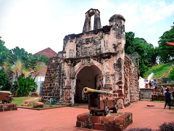 Kiến trúc độc đáo của Pháo Đài Cổ Bồ Đào Nha