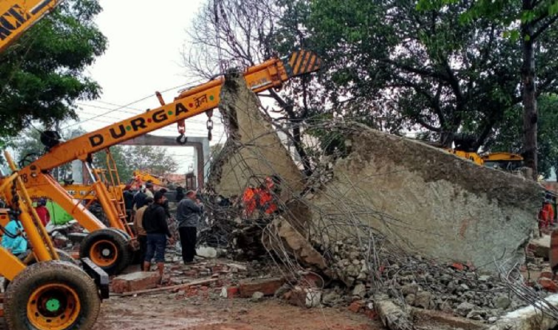 Junior Engineer and 2 others arrested in Muradnagar Roof Collapse