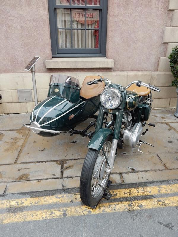 1939 Royal Enfield Bullet 500cc motorcycle Mummy Returns