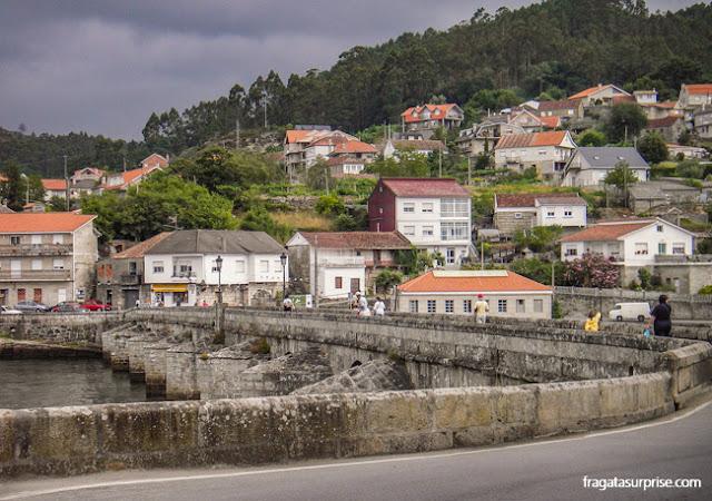 Ponte sobre o Rio Verdugo, em Pontesampaio, no Caminho de Santiago