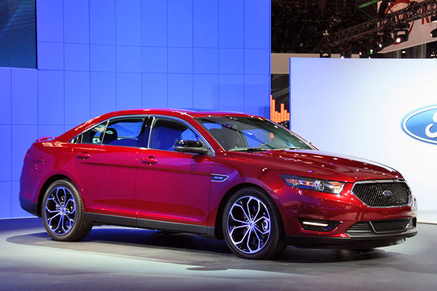 Look At the Car: 2013 Ford Taurus