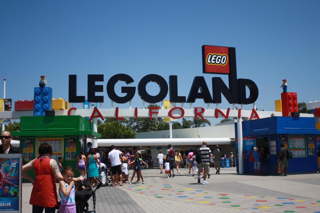 Lueker Munchkins: Legoland
