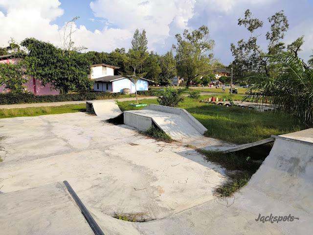 skate park koh lanta