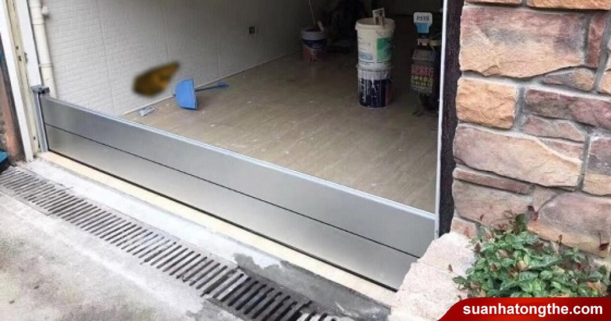 Kiểm tra hệ thống thoát nước quanh nhà