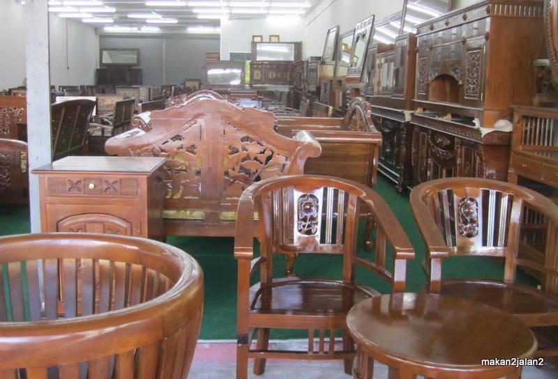 Pusat Perabut Jati Di Nilai 3