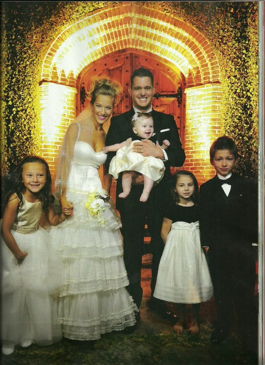 Hermosa LULU  Luisana Lopilato and Michael Buble the official wedding album April 2 2011