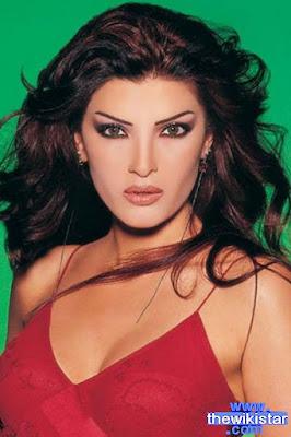 دينا حايك (Dina hayek)، مغنية لبنانية