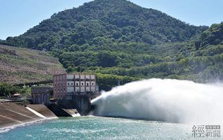 因應強颱來襲 石門水庫啟動排砂放水