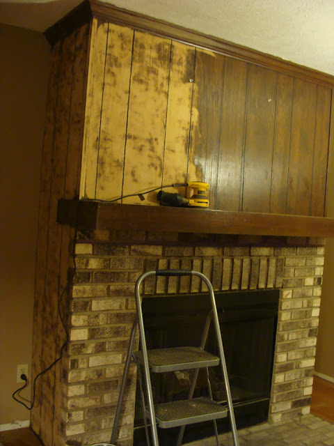 Living Room Wood Paneling Makeover: FabTwigs: Wood Paneling Fireplace Makeover