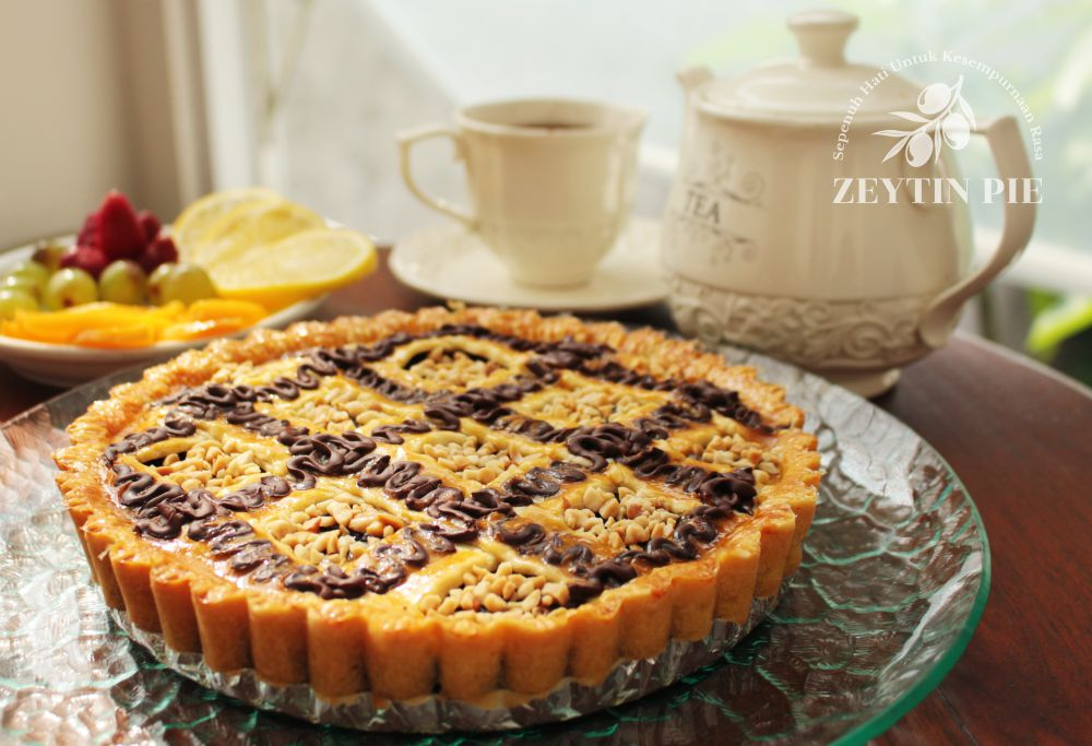 Pie Pisang Opera Coklat - Zeytin Pie