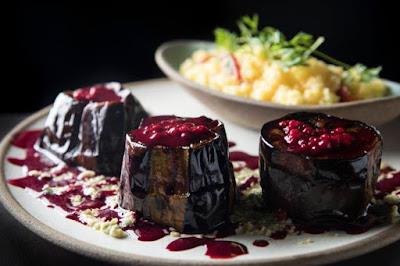 Restaurante no RJ oferece culinária israelense