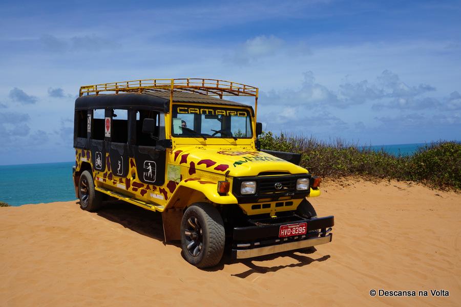 Passeio de jeep 4x4 em Pipa