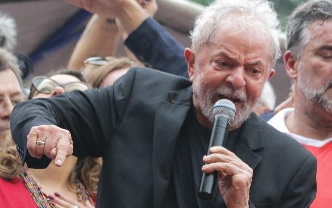 Lula vai participar de uma live com Ricardo Coutinho no dia 11 de novembro