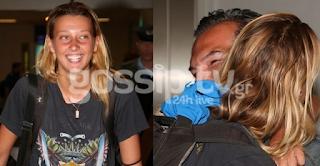 Η επιστροφή της Ντάρια, τα δάκρυα, η ανθοδέσμη και η έκπληξη στο αεροδρόμιο!