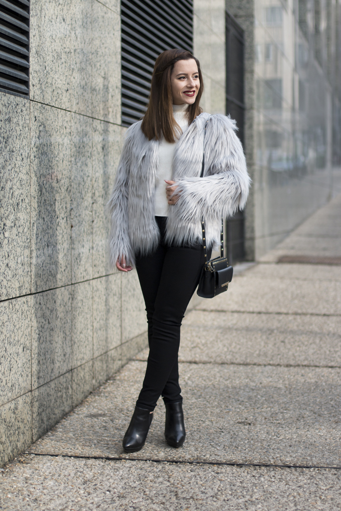 skinny jeans and fur coat