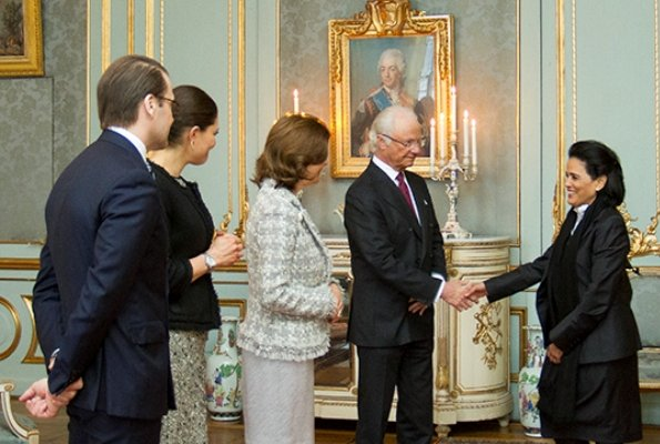 King Carl XVI Gustaf, Queen Silvia, Crown Princess Victoria of Sweden and Prince Daniel attended a reception. Baum und Pferdgarten Skirt