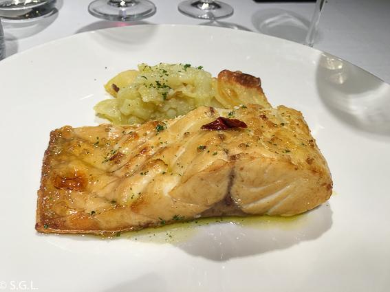 lubina asada. Restaurante Zarate. Bilbao