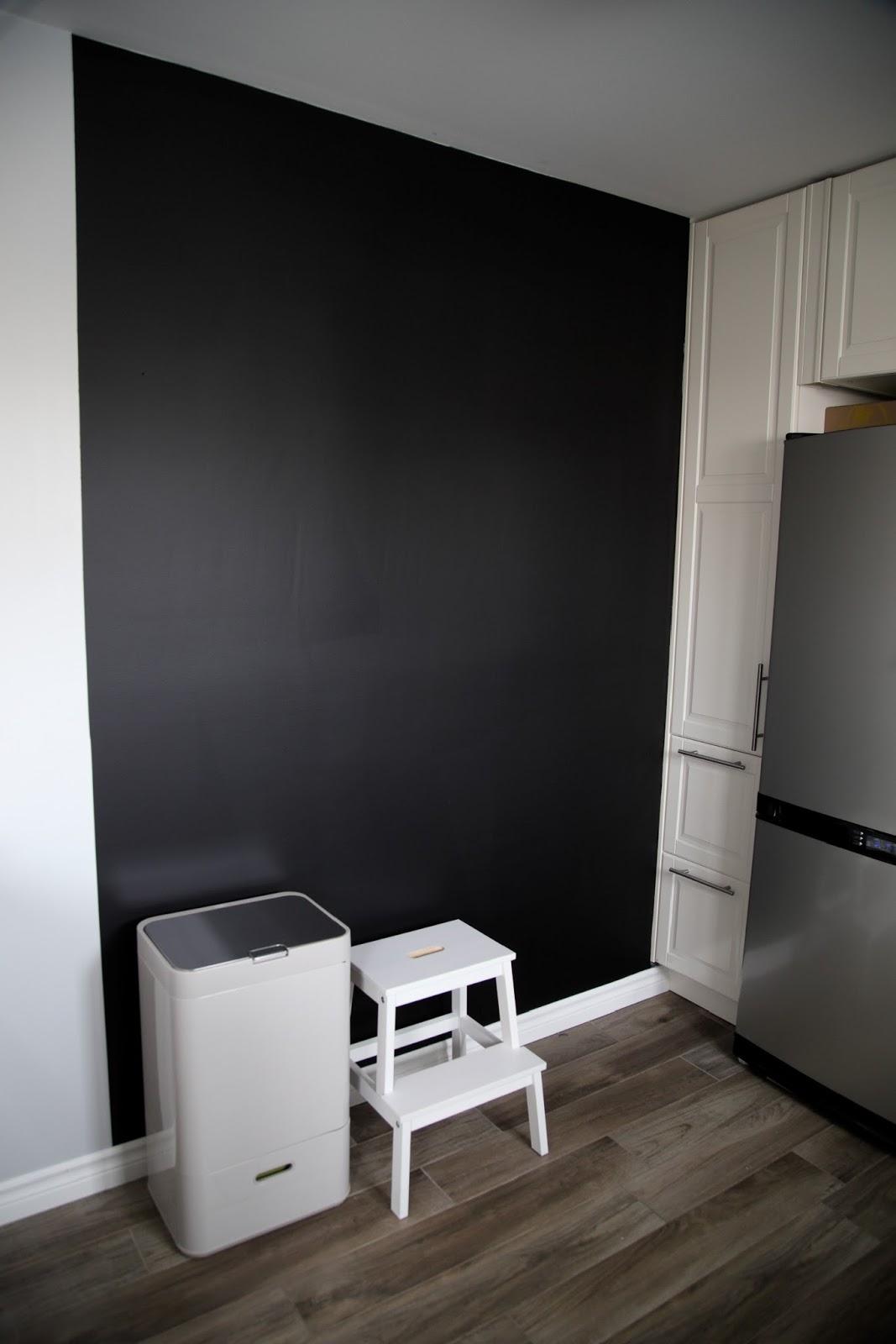 tableau ardoise pour cuisine plus tableau noir fait. Black Bedroom Furniture Sets. Home Design Ideas