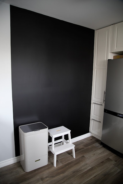 comment faire un tableau noir pour la cuisine cinq fourchettes. Black Bedroom Furniture Sets. Home Design Ideas