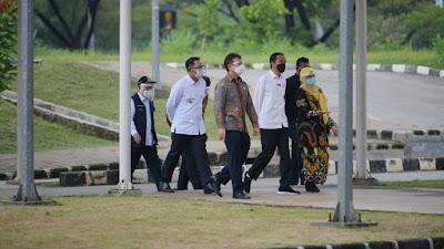 Presiden Jokowi Berharap Target 700.000 Vaksin per hari Tercapai