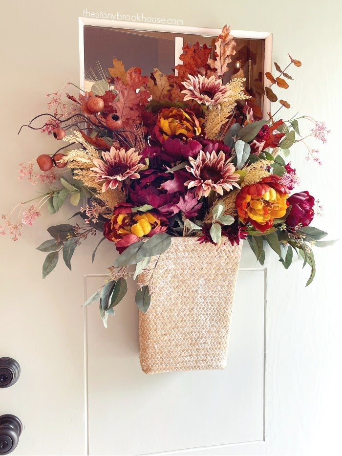 Front door fall arrangement