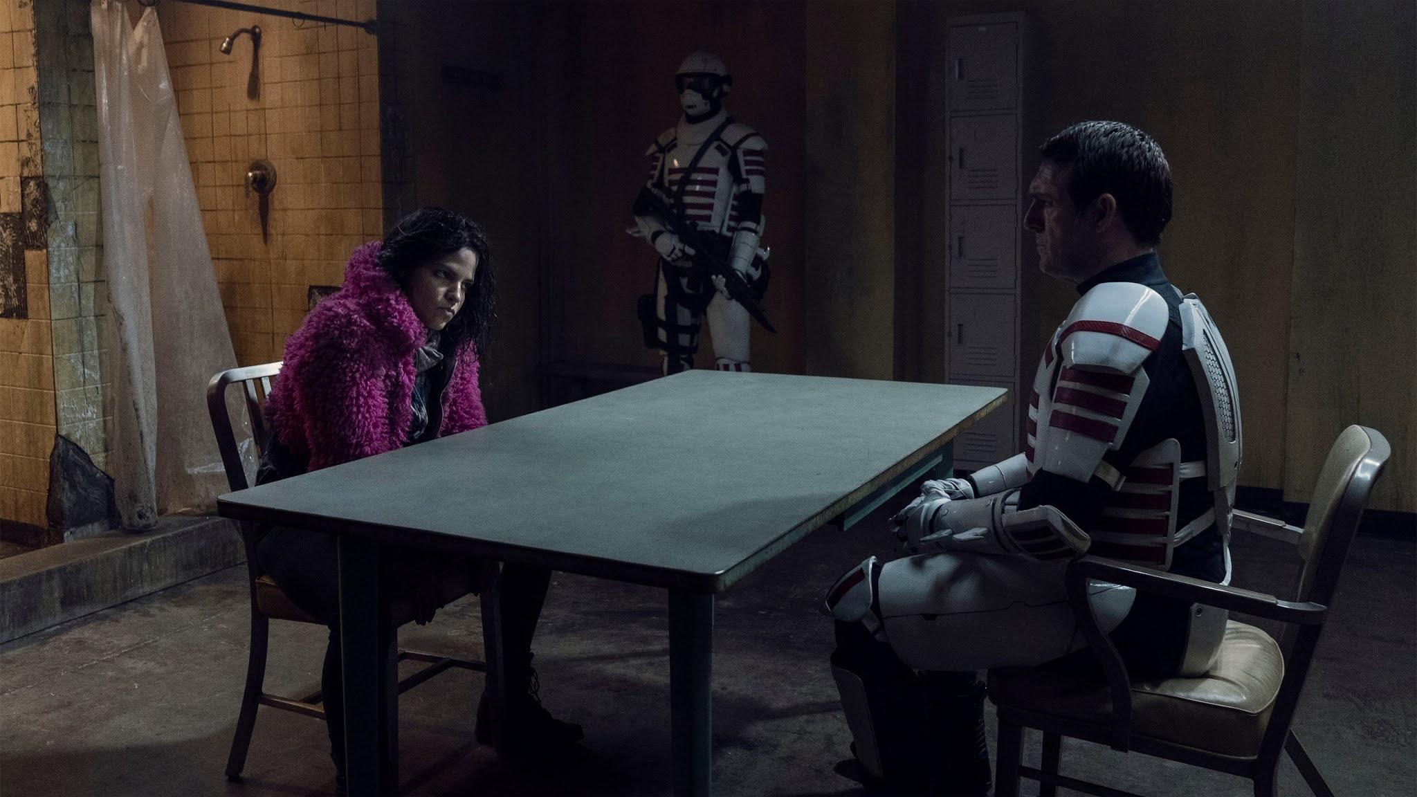 Juanita 'Princess' es interrogada por la Commonwealth en The Walking Dead