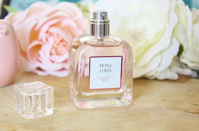 rosa-folia-id-pfaum