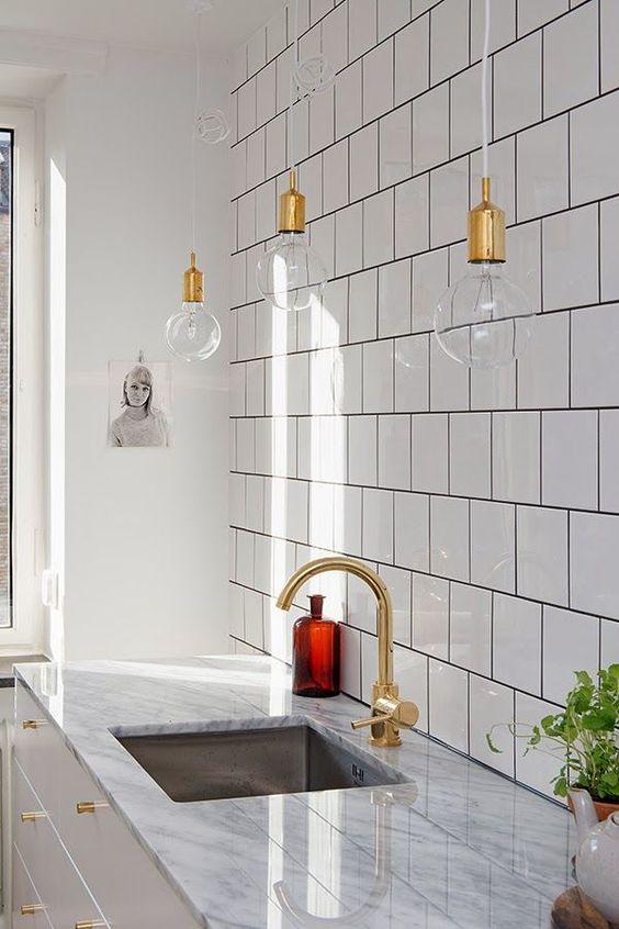 Bombillas vistas para decorar tu cocina