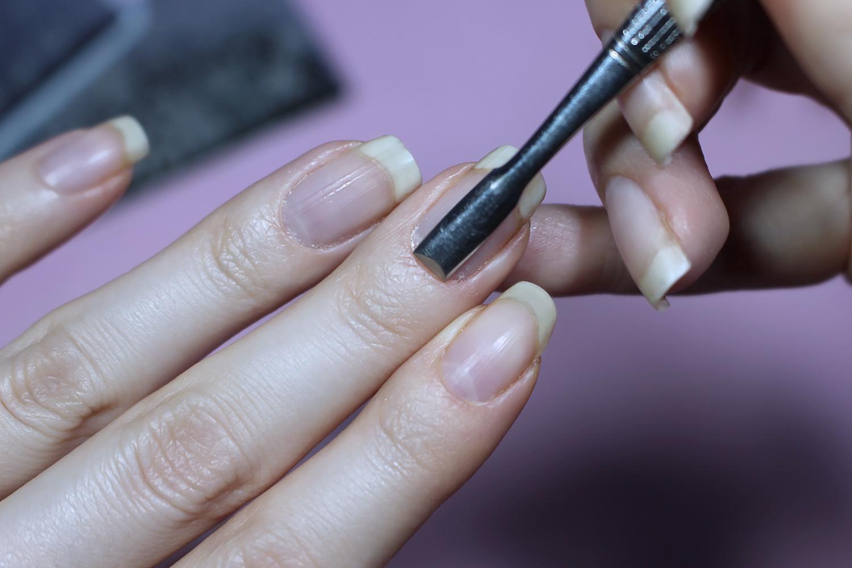 5 Easy Steps To Perfect Quarantine Manicure by Liz Breygel on January Girl beauty blog