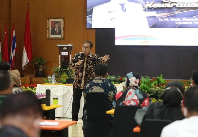 Di Hadapan 64 Peserta Latpim Nasional, Wali Kota Makassar Paparkan Arti Pemimpin Sesungguhnya