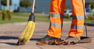 Sem receber, trabalhadores da limpeza das ruas podem entrar em greve. Sandra Kennedy exige pagamento imediato dos salários