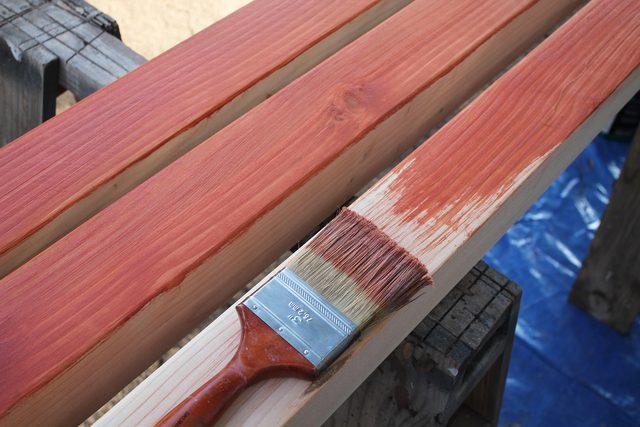 Gartenbank leicht zum Selbermachen - günstig aus Betonstein und Kantholz eine Bank für Garten oder Flur bauen