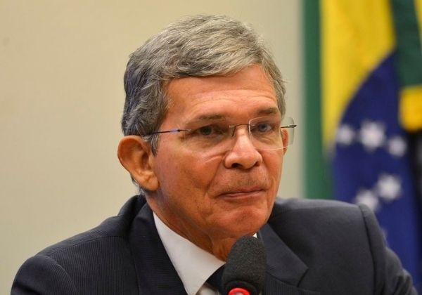 Ações da Petrobras disparam após discurso de novo presidente