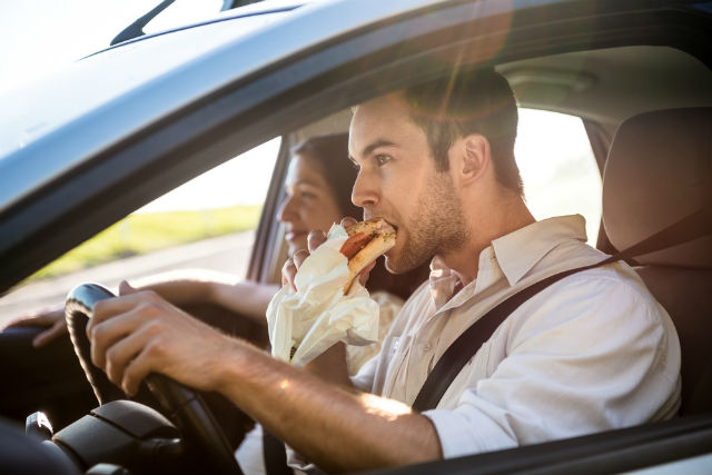Things you should stop doing in your car