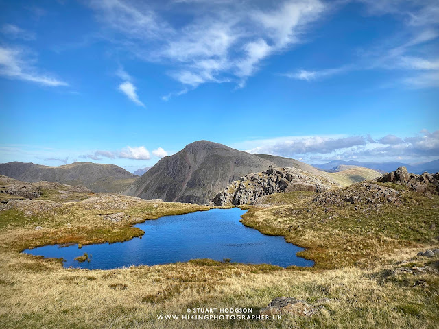 Scafell Pike walk routes height climbing corridor route, the best route up, Seathwaite, Elevation, Hotels, Campsites Lake District