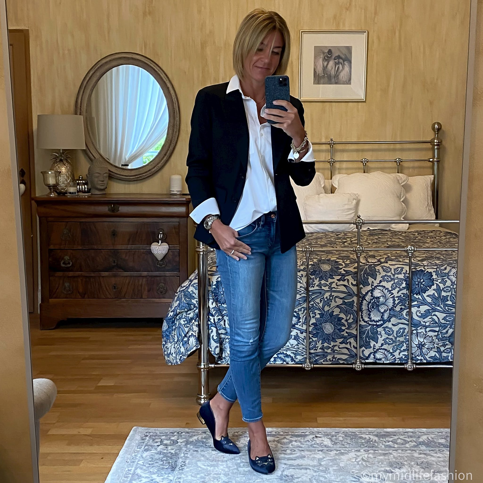 my midlife fashion, Uniqlo Ines blazer, baukjen heather white shirt, j crew 8  inch toothpick jeans, Charlotte Olympia kitty flats