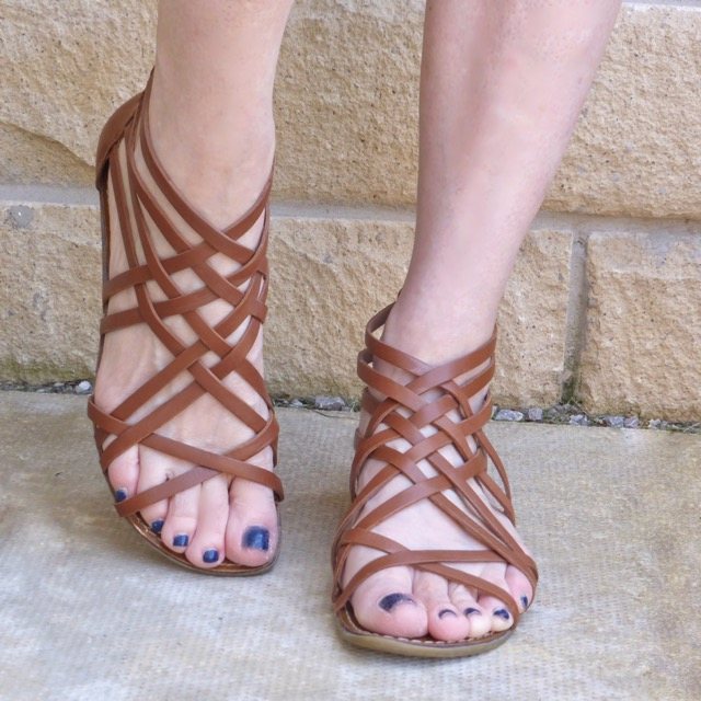 Clarks tan leather gladiator sandals
