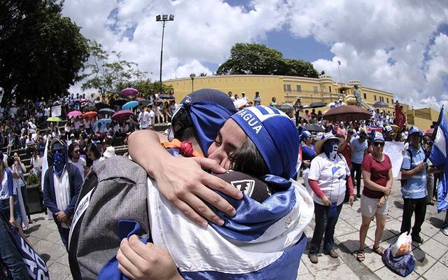 El Alto Comisionado de la ONU elogia a Costa Rica por su compromiso con refugiados