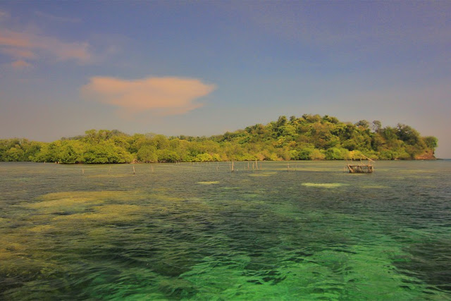 Exploring Sangiang Island in the Sunda Strait