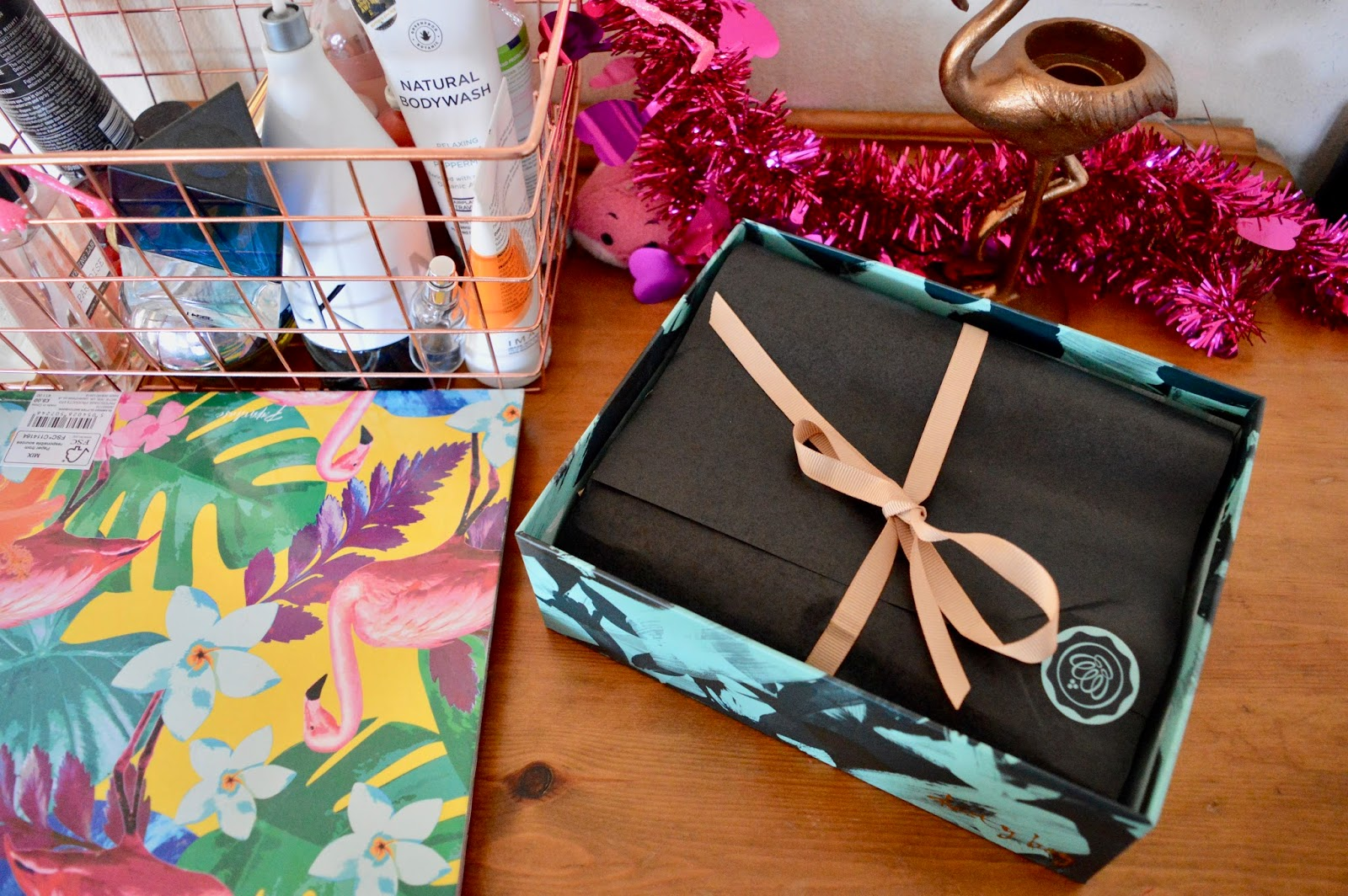 december glossy box review