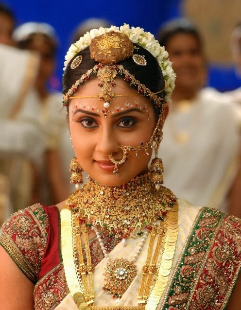 Bride with Mangal-sutra and haar (chain and necklace) in neck