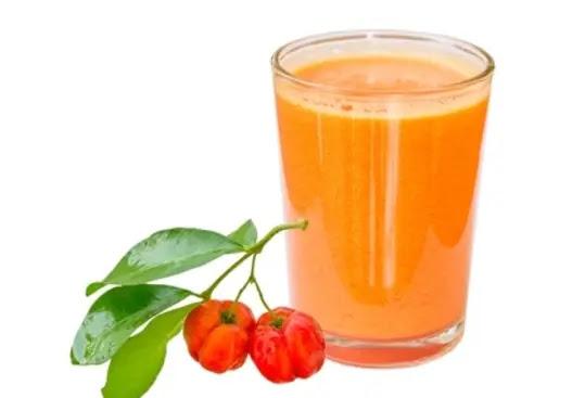 فيتامين فاكهة الأكريلولا لمحاربة فقر الدم