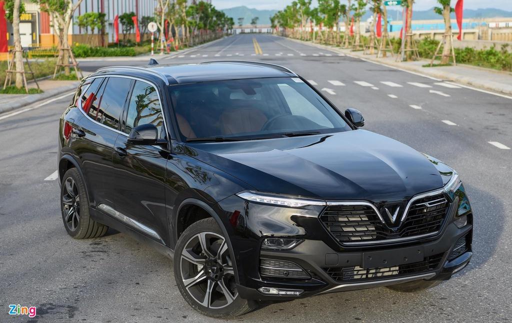 Xe 7 chỗ giảm giá sâu gần 200 triệu trong tháng 6