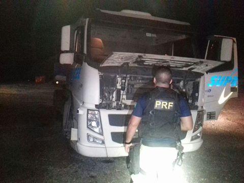 PRF acaba com mais um sequestro de caminhoneiro