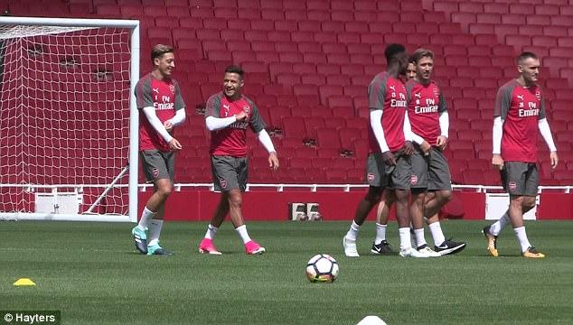 Dấu hiệu chứng tỏ Sanchez ở lại Arsenal 3